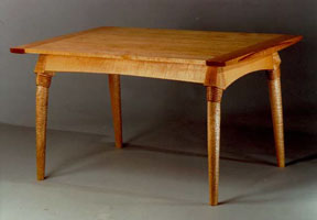 Image of Briglia table.